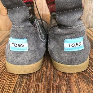 Toms Shoes - Toms Boots size 7